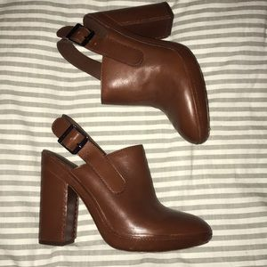 VINCE leather mules clog heels EUC